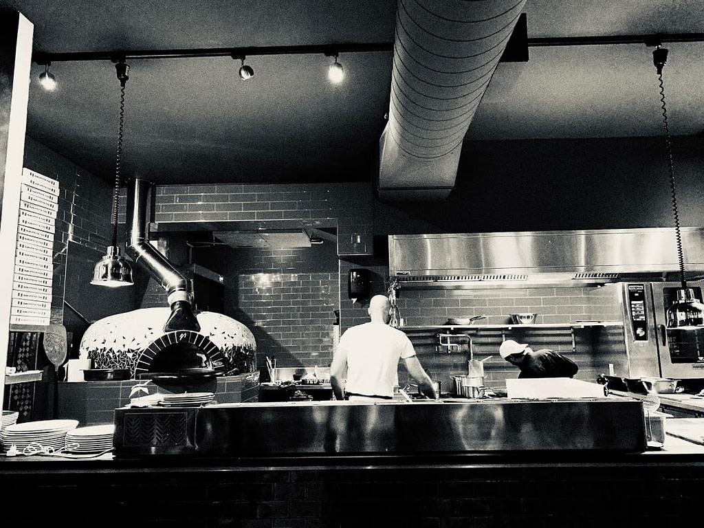 Open keuken - Pizze Pronto - Madhawie.nl