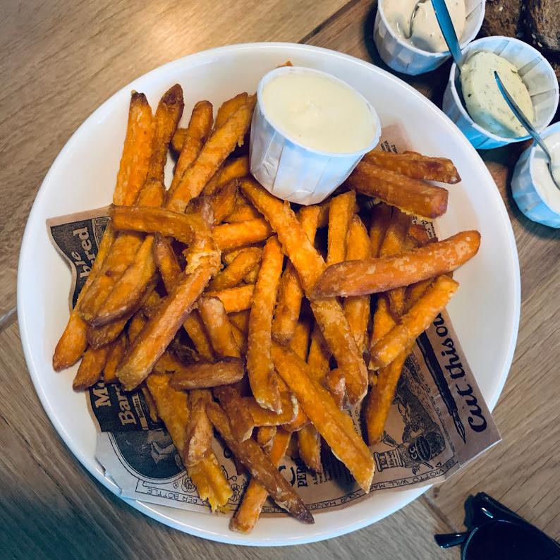 Zoete aardappelfriet - Burgerbar Ome Toon - www.madhawie.nl